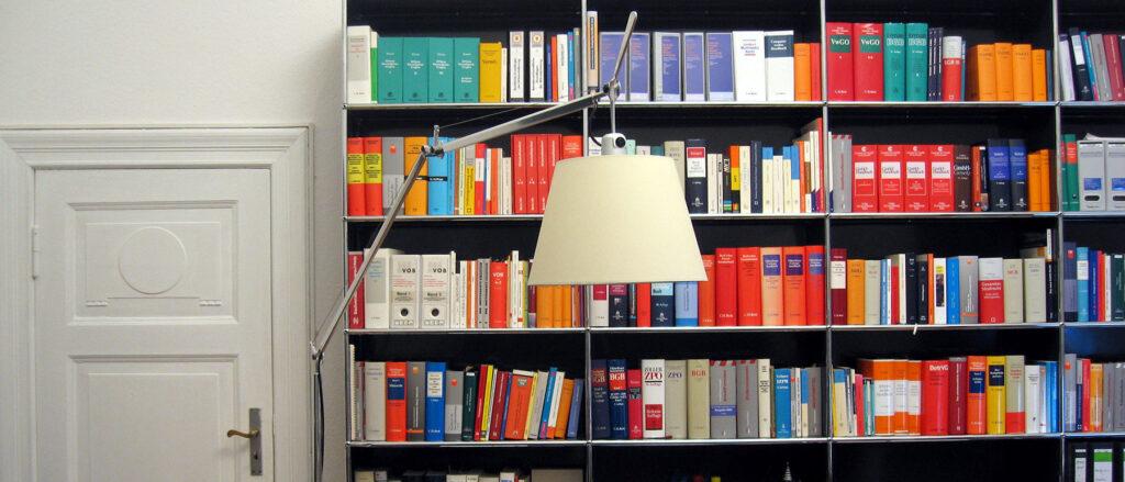 Besprechungsraum der Berliner Rechtsanwaltskanzlei Priske